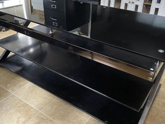 TV Console Table - Great Condition for Sale in Portland,  OR