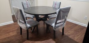 Round Wood Dining Table for Sale in Lithia Springs, GA
