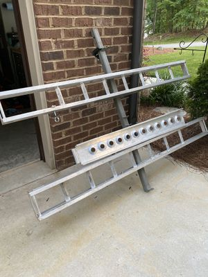 Dirtbike hitch carrier for Sale in Iron Station, NC