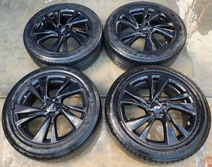"2013 2014 2015 INFINITI JX35 QX60 20"" INCH WHEEL RIM W/TIRE (SET OF 4) for Sale in Fort Lauderdale, FL"