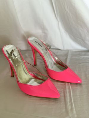 Women shoes hot pink size 9 1/2 for Sale in North Miami Beach, FL