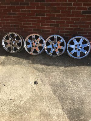 18inch chrome rims great condition for Sale in Atlanta, GA