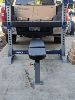 FITNESS GEAR OLYMPIC SQUAT RACK BENCH WITH OLYMPIC BARBELL AND COMPLETE OLYMPIC WEIGHT SET ALL BRAND NEW IN BOXES $1400 FIRM for Sale in Stockton, CA