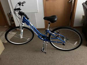 Woman's Schwinn Hybrid 21 Speed Brand New Bike Bicycle for Sale in Sewickley, PA