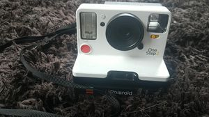 Brand new Polaroid camera for Sale in Mountain View, HI