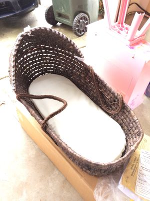 Baby Moses basket for Sale in South Riding, VA