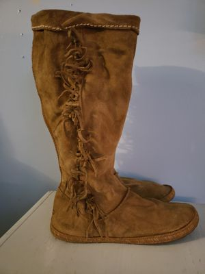 Ugg UGGS Tall Sexy Suede Leather Fringe Boots Tassels Zip Up Side size10 for Sale in North Las Vegas, NV