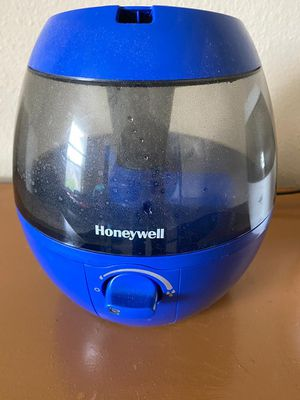 Honeywell humidifiers for sale for Sale in Chesterfield, MO