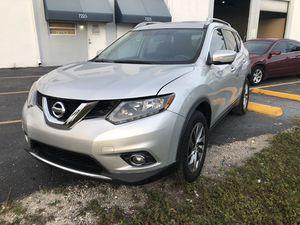 2015 Nissan Rogue SL for Sale in Miami, FL
