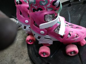 Pink little girl skates size 3-6 for Sale in Rancho Cordova, CA