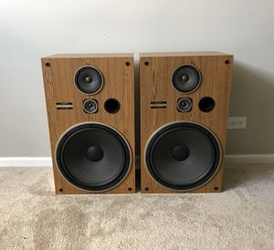 Pioneer 3 Way Home Floor Standing Speakers, 16Inch Woofers 150W for Sale in Mount Prospect, IL