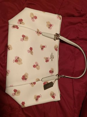 Authentic Never Used Coach purse for Sale in Pawtucket, RI