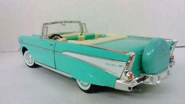 1957 Chevy Bel air - Model Scale Car 1:18 -