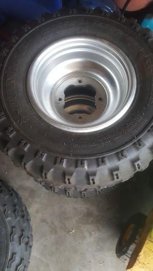 Yamaha wheels and tires for Sale in Morro Bay, CA