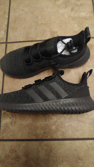 Adidas Kaptir size 8 *Brand New* for Sale in Denver, CO