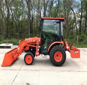 w/heat 2014 Kubota B3350 for Sale in Woodbridge, VA