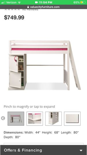 Value city furniture bunk bed set for Sale in Baltimore, MD