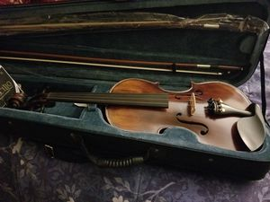 Mendini 4/4 MV500+92D Flamed 1-Piece Back Solid Wood Violin with Case, 2 Bows, Rosin, Bridge and Strings - Full Size for Sale in Norfolk, VA