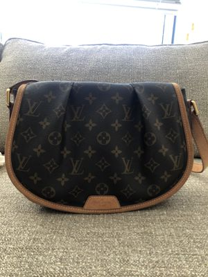 Louis Vuitton Menilmontant PM Monogram Canvas Brown Leather Cross Body Bag for Sale in Silver Spring, MD