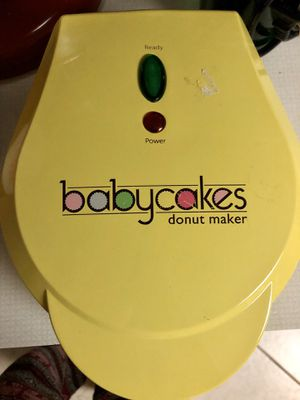 Babycakes Donut Maker - Full Size for Sale in Virginia Beach, VA