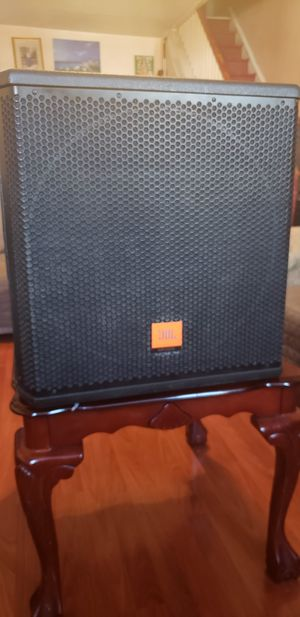 Subwoofer jbl MRX500 for Sale in Philadelphia, PA