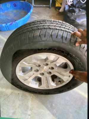 2016-up Z71 off-road tires with rims all four in good condition for Sale in Los Angeles, CA