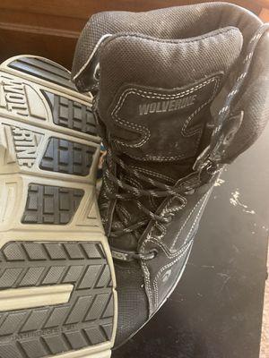 Wolverine work boots hard toe waterproof 13M for Sale in Erie, CO