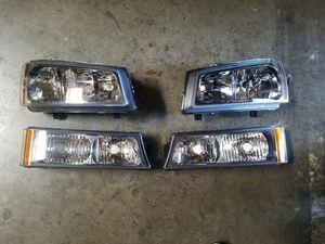 New 2003 to 2006 Chevy Silverado black housing headlights set for Sale in Moreno Valley, CA
