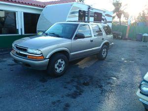 2002 Chevy Blazer for Sale in Miami, FL