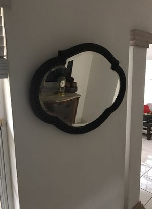 Antique mirror for Sale in Coral Gables, FL