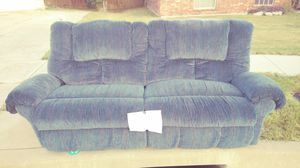 Comfortable sofa for Sale in WHT SETTLEMT, TX