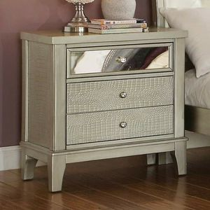 GRAY SILVER FINISH NIGHT STAND SIDE TABLE for Sale in Fontana, CA