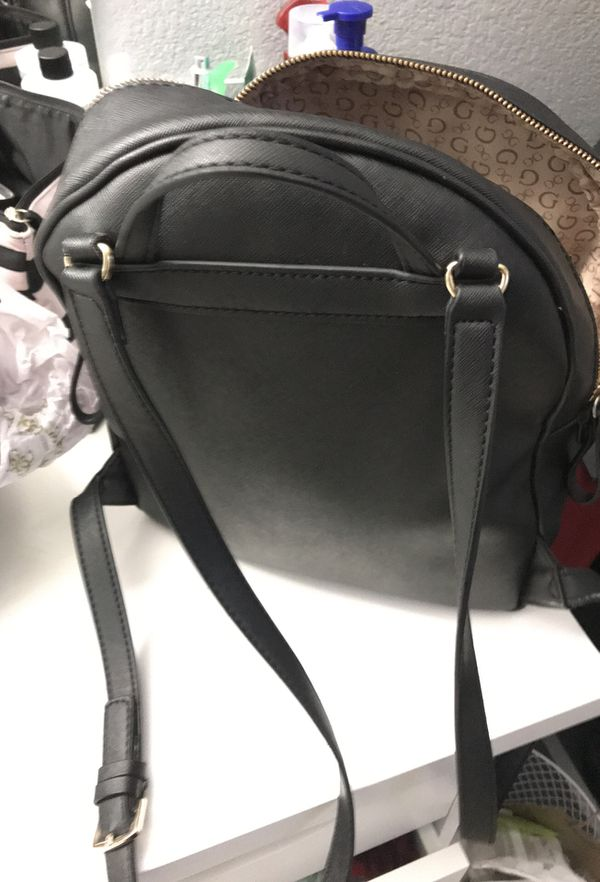 Guess medium backpack
