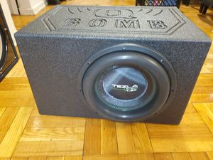 """Tezla Audio 12"""" 2000 Watts 1.5K Series Dual 4 Ohm Subwoofer TZV1-12D41.5K in a QBOMB VENTED BOX for Sale in The Bronx, NY"""
