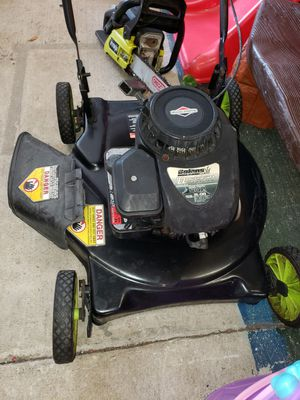 lawn mower for Sale in Kissimmee, FL