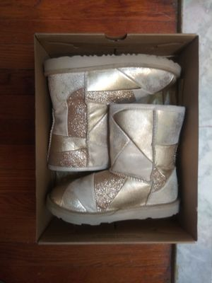 Girls Ugg boots gold patch work sz3 for Sale in Washington, DC