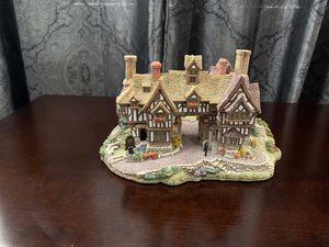 """Lilliput Lane """"The Kings Arms"""" figurine for Sale in Sudley Springs, VA"""