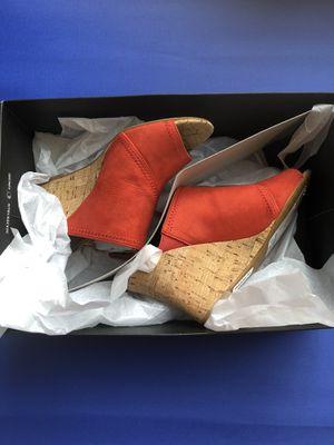 TAHARI women's sandal for Sale in Bolingbrook, IL