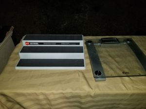 Lot of 2 items $5 for Sale in Corona, CA