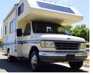 Urgent Sale Beautiful Fleetwood Jamboree 1994 Strong 4WDWheelss for Sale in Santa Ana, CA