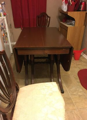 Antique Duncan Phyfe Dining Table and 4 chairs for Sale in Dallas, TX