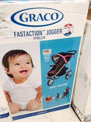 Graco fastaction stroller for Sale in Las Vegas, NV