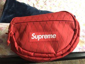Supreme waist bag for Sale in Fremont, CA