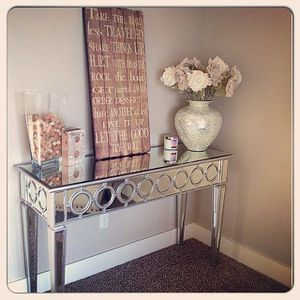 Brand NEW sophie mirrored console table / 100% new in box for Sale in San Jose, CA