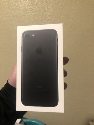iPhone 7 Matte Black for Sale in Fresno, CA