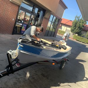 Bass Boat With 9.9 Honda Outboard for Sale in Modesto, CA