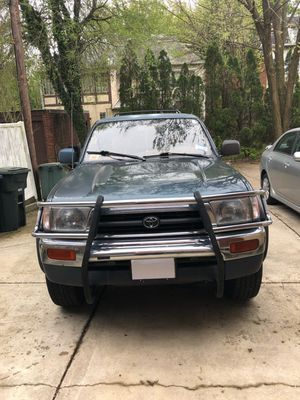 Toyota 4runner limite 4x4 millas 154062 for Sale in Washington, DC