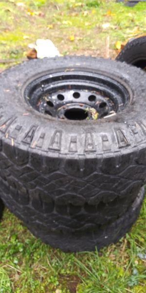 """Goodyear wrangler 33"""" for Sale in Tenino, WA"""