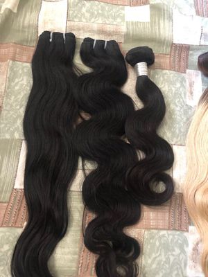 Weft wavy hair extensions for Sale in Upland, CA