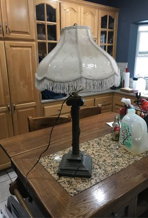 Vintage table lamp for Sale in Long Beach, CA